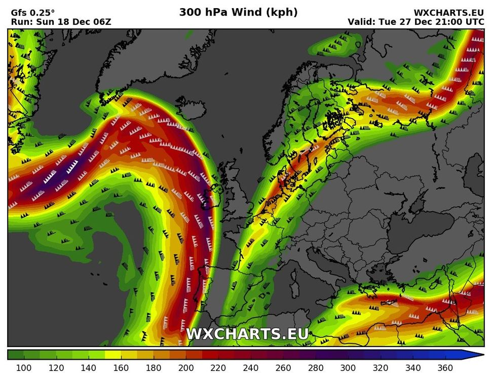 wind300kph_231.jpg