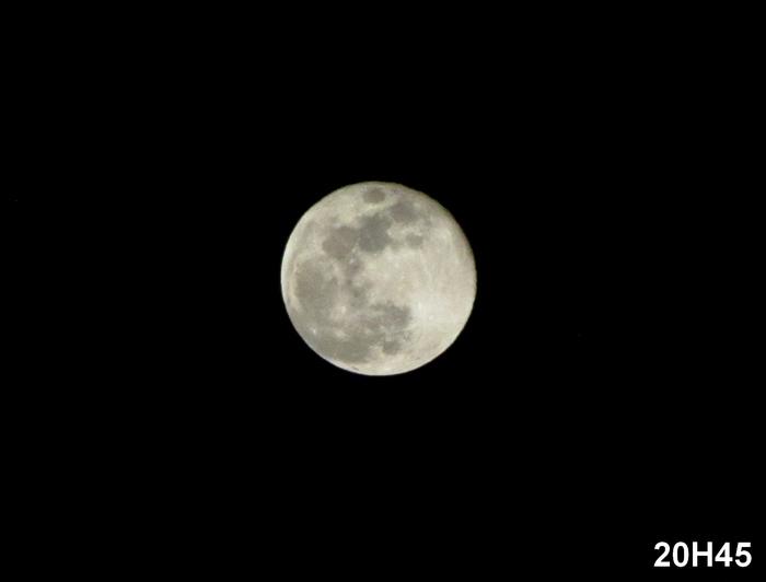 lune-2.jpg.b2260c20cb25c9bb15497d57de5bcc4c.jpg