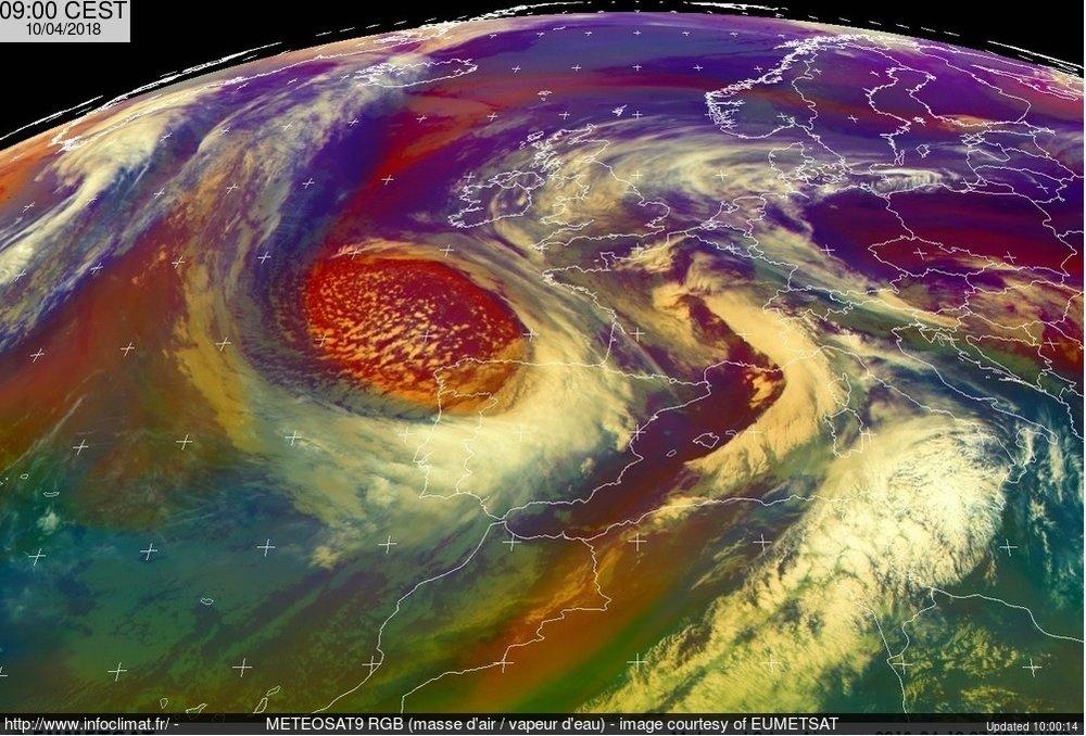 meteosat.thumb.jpg.51fd0c33fa07fd845b483d9e05269a35.jpg