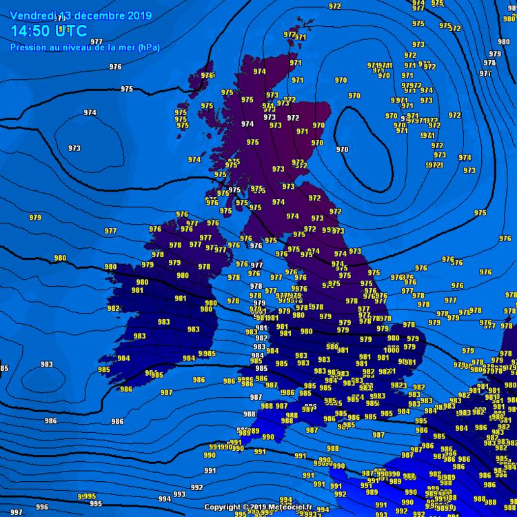 Screenshot_2019-12-13 Meteociel - Pression atmosphérique observée en temps réel en Royaume-Uni Irlande.png