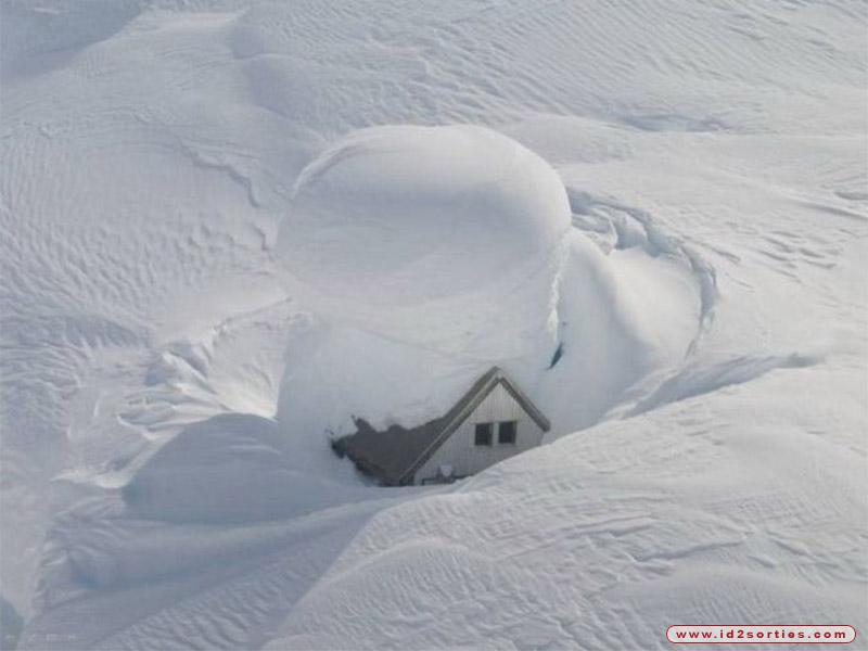 tempete-de-neige.jpg.1f9cc02e910182f79ee9cc941f3e6218.jpg