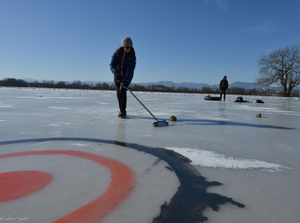 curling-5.jpg