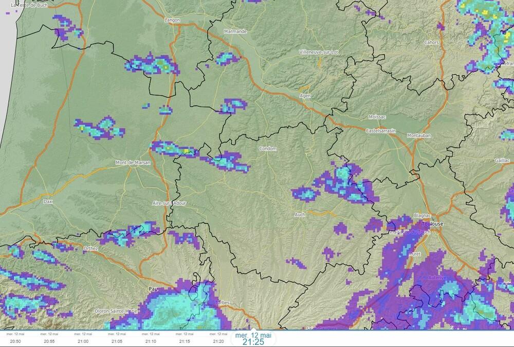 radar.thumb.JPG.347627b474e35ff44dbf210f51e1272d.JPG