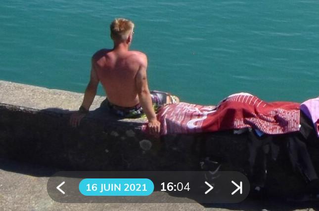 20210616-blond-crame-en-3h30-de-soleil.jpg.db4c96999f8f72bd1996a6e0b816de47.jpg